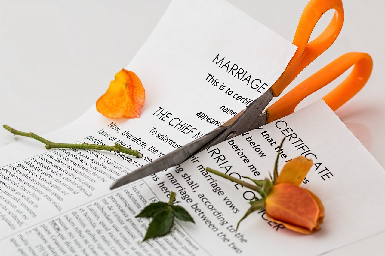 cutting the divorce paper