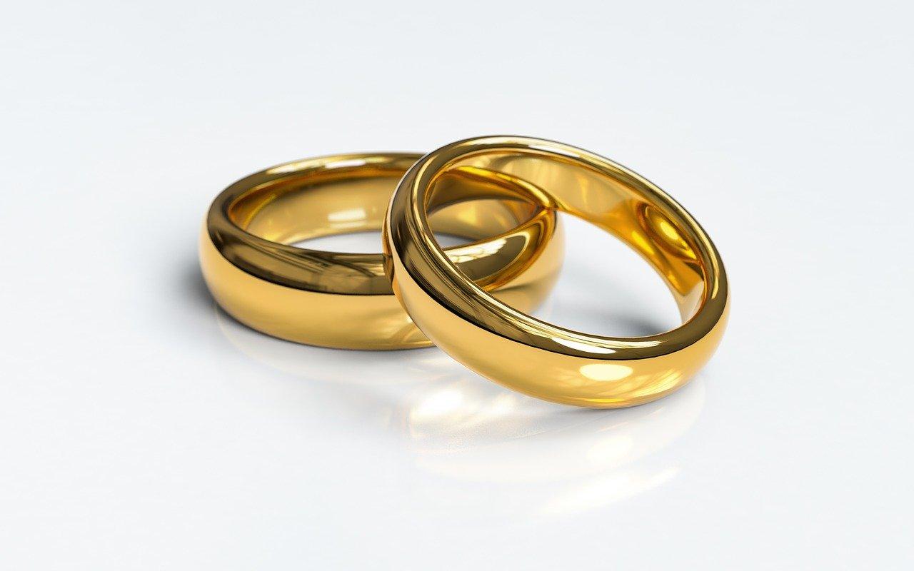 golg wedding ring